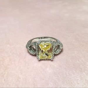 Jewelry - Size 8 Canary Yellow Cocktail Ring